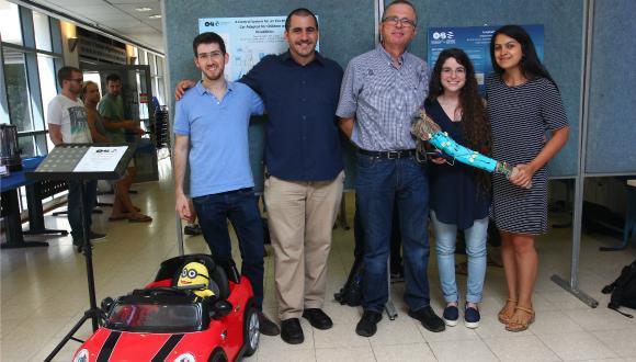 יום פרויקטי הגמר של סטודנטים שנה ד'  להנדסת חשמל