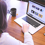 הנחיות לסטודנטים :מתווה בחינות מקוונות בהשגחת זום